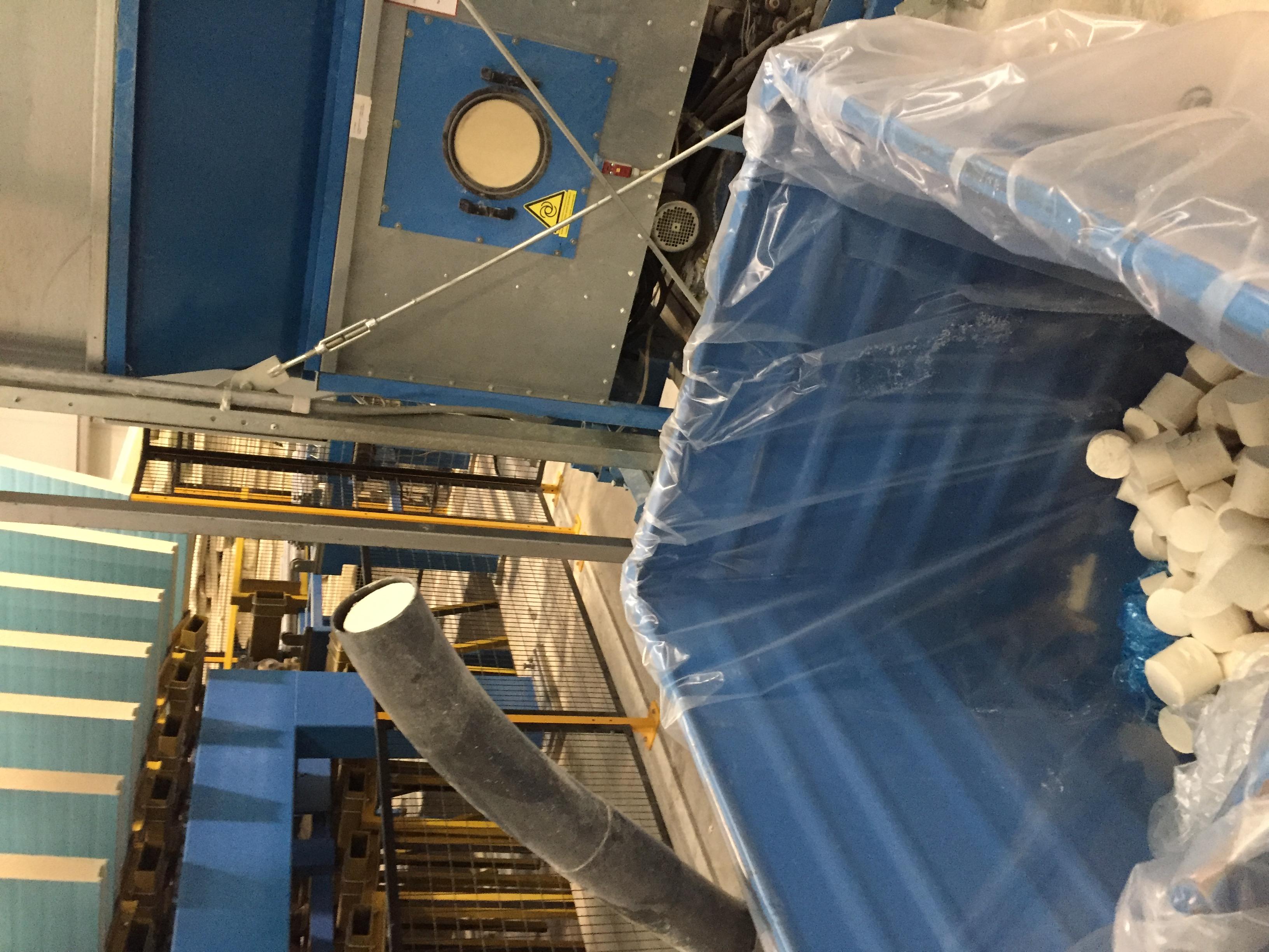 Visita a las instalaciones de paneles aislantes peninsulares en Cuenca (España)