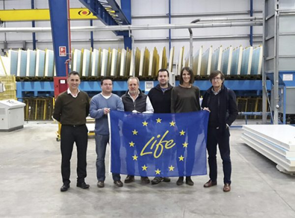 Visit to the facilities of Paneles Aislantes Peninsulares, Cuenca (Spain)
